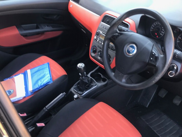 Used Fiat Punto for sale - view from drivers seat