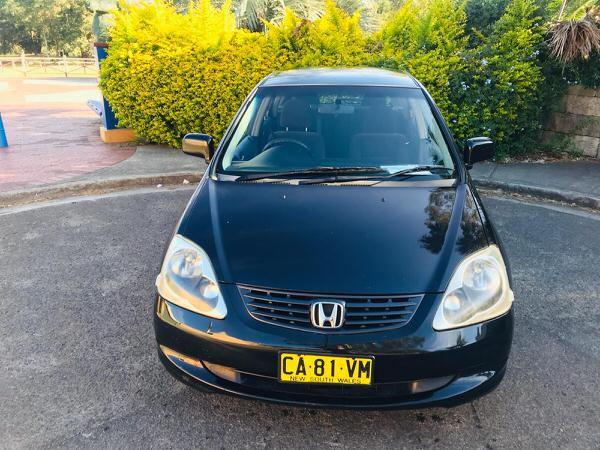 Used Honda Civic for sale - straight on front view