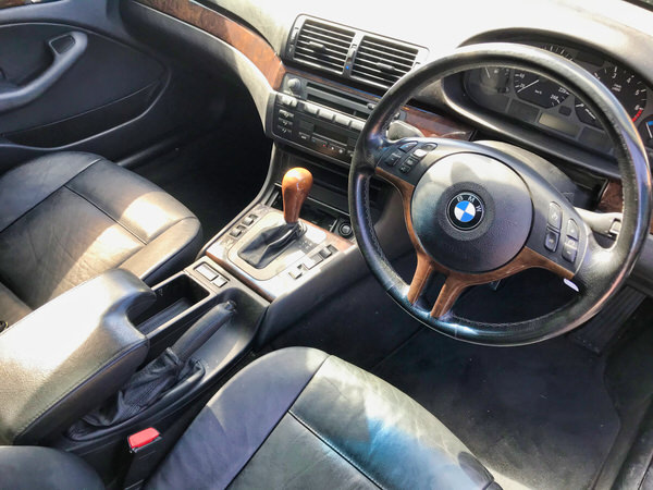 BMW 3 Series for sale - view from comfortable drivers seat
