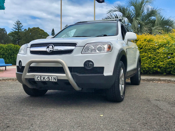 Used Holden Captiva for sale front side angle view