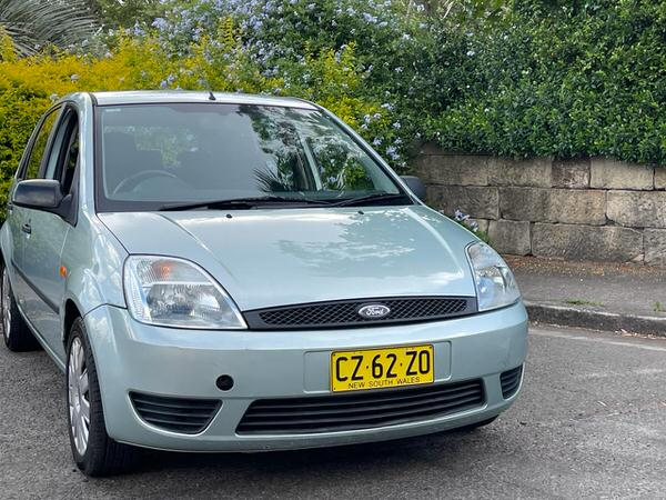 Used Ford Fiesta for sale - drivers side view