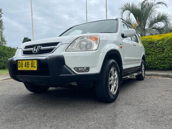 Automatic Honda CRV Sports model for sale - front passenger side view
