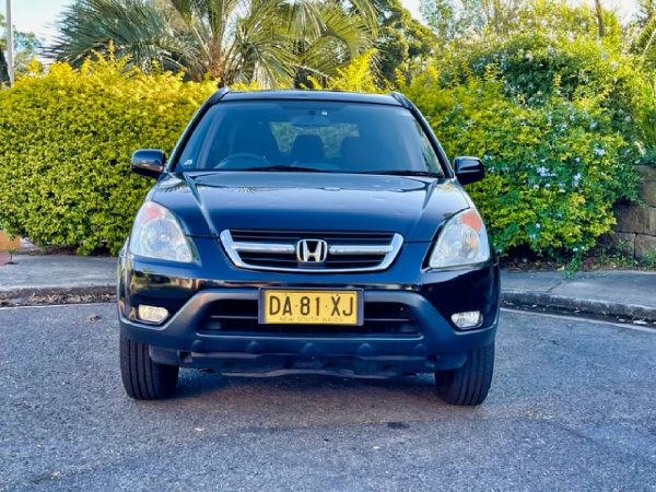 Honda CRV for sale in Sydney - automatic model - view from front straight on view