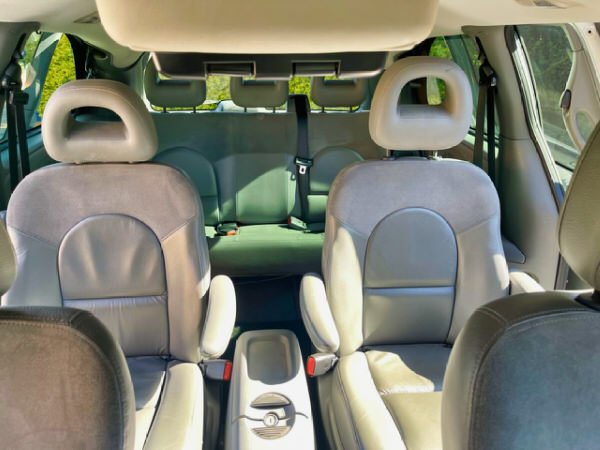 Used Chrysler Grand Voyager Limited Edition - view showing the seven seats